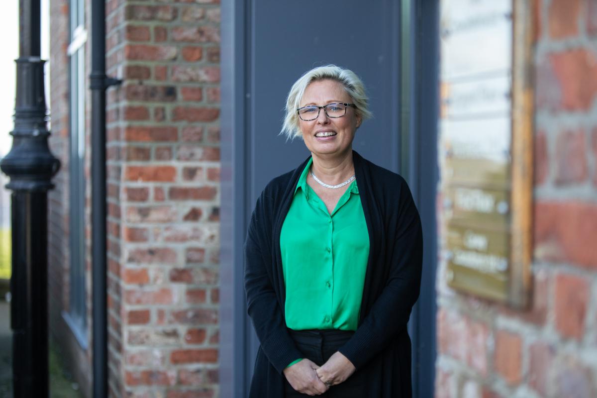 HLN Meets: Angela Carney